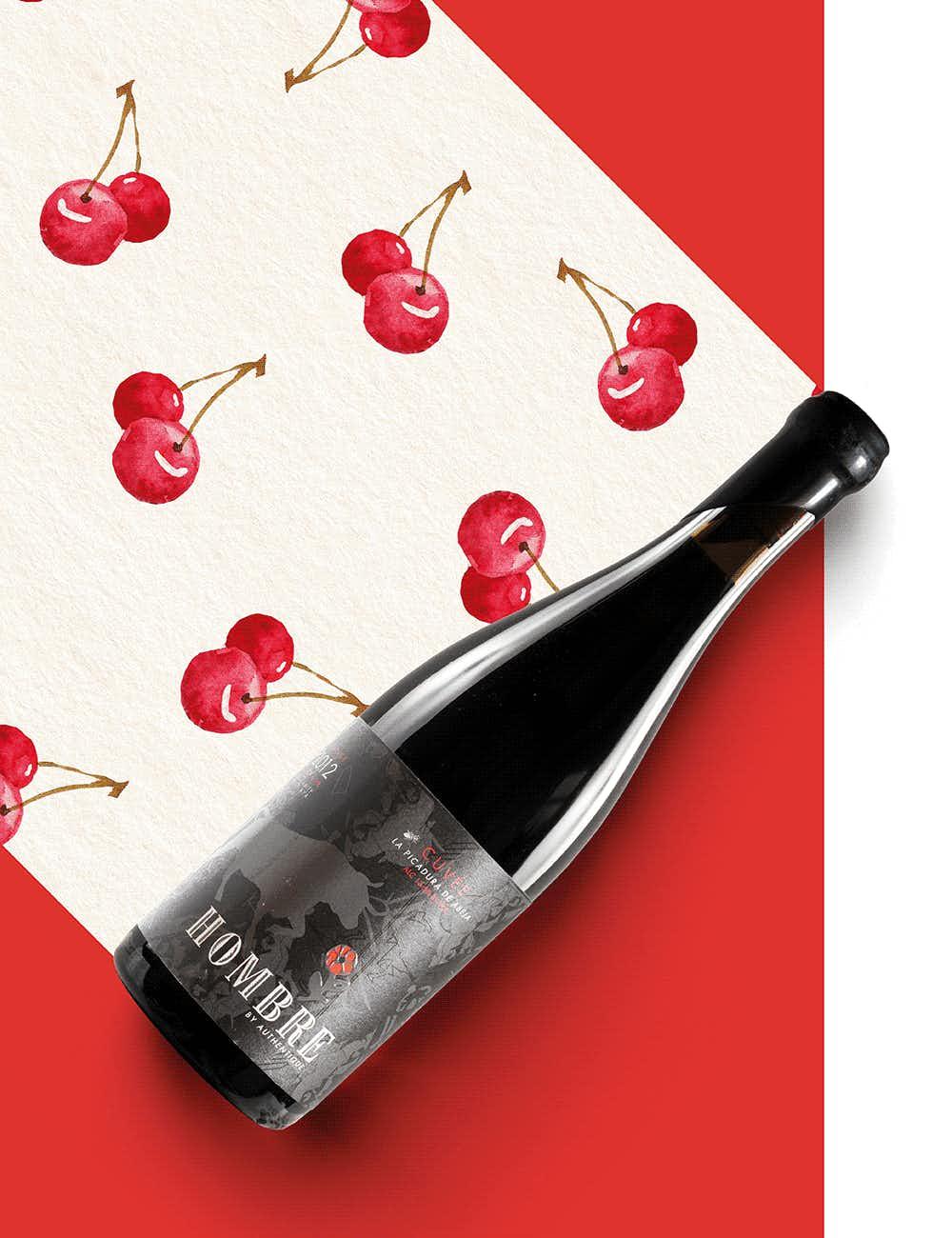 """Authentique """"La Picadura de Abeja"""" Pinot Noir 2012"""